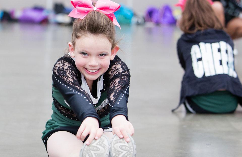cheerleading-team-sport